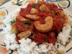 camarones enchilados sobre arroz